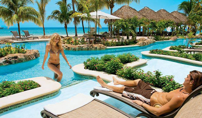 hotel sirenis tropical suites casino & aquagames